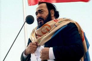 Picture of quotation author Luciano Pavarotti