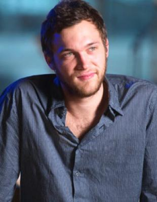 Picture of quotation author Phillip Phillips