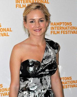 Picture of quotation author Britt Robertson