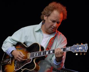 Picture of quotation author Lee Ritenour