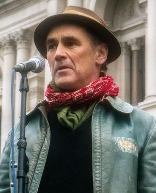 Picture of quotation author Mark Rylance