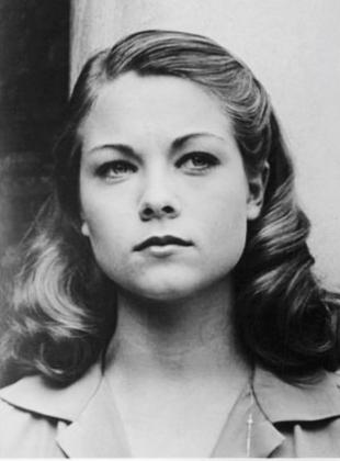 Picture of quotation author Theresa Russell