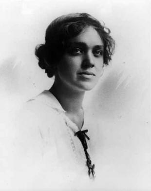 Picture of quotation author Agnes Smedley