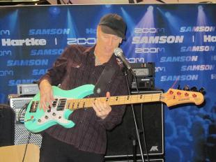 Picture of quotation author Billy Sheehan