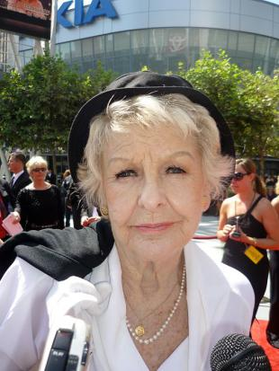 Picture of quotation author Elaine Stritch