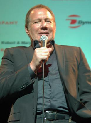 Picture of quotation author Garry Shandling