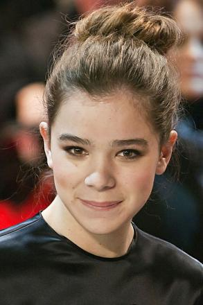 Picture of quotation author Hailee Steinfeld