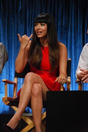 Picture of quotation author Hannah Simone