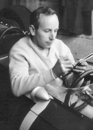 Picture of quotation author John Surtees