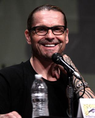 Picture of quotation author Kurt Sutter