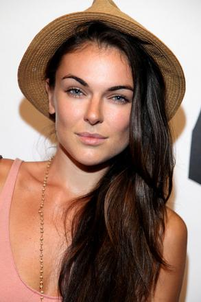 Picture of quotation author Serinda Swan