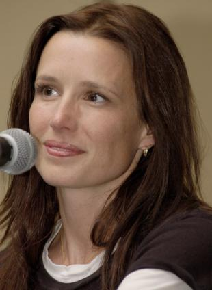 Picture of quotation author Shawnee Smith