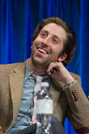 Picture of quotation author Simon Helberg