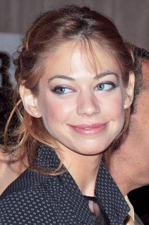 Picture of quotation author Analeigh Tipton