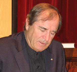 Picture of quotation author Paul Theroux