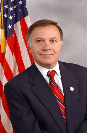 Picture of quotation author Tom Tancredo