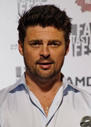 Picture of quotation author Karl Urban