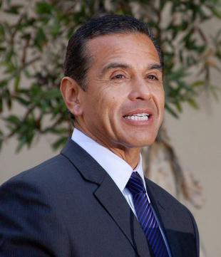 Picture of quotation author Antonio Villaraigosa