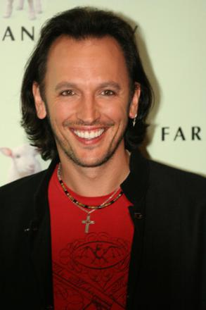 Picture of quotation author Steve Valentine