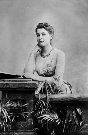 Picture of quotation author Beatrice Webb