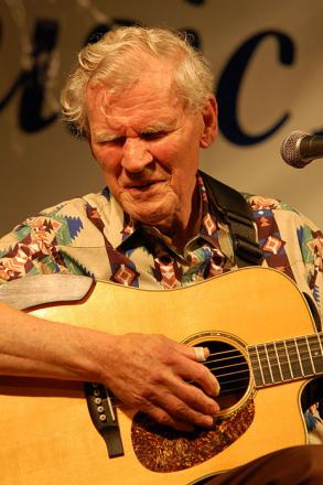 Picture of quotation author Doc Watson