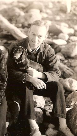 Picture of quotation author E. B. White