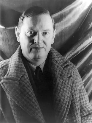 Picture of quotation author Evelyn Waugh