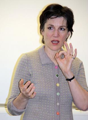 Picture of quotation author Harriet Walter