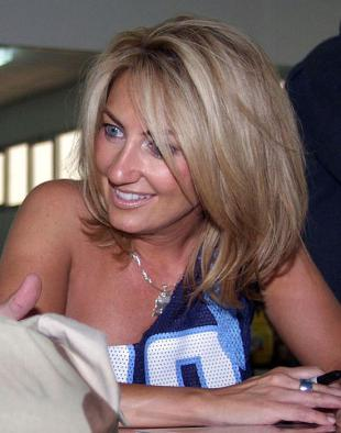 Picture of quotation author Lee Ann Womack