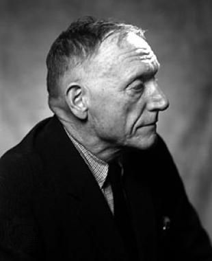 Picture of quotation author Robert Penn Warren