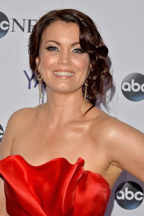 Picture of quotation author Bellamy Young