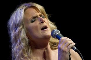 Picture of quotation author Trisha Yearwood