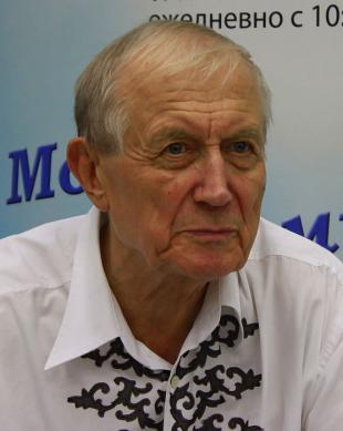 Picture of quotation author Yevgeny Yevtushenko
