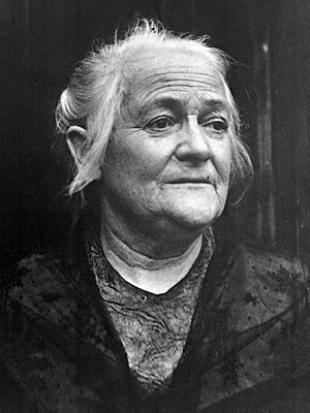 Picture of quotation author Clara Zetkin