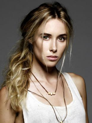 Picture of quotation author Gillian Zinser